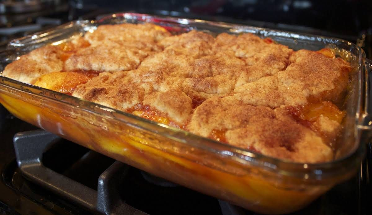 Southern Peach Cobbler #peachcobblercheesecake