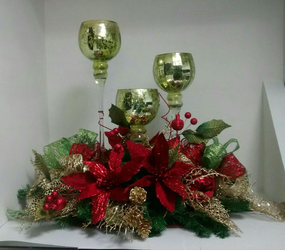 Centro De Mesa Con Copas Arreglos Navidenos Pinterest - Arreglos-navideos-para-mesa