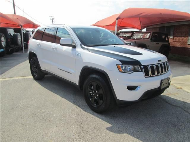 2017 Jeep Grand Cherokee Laredo 2017 Jeep Grand Cherokee Laredo 24