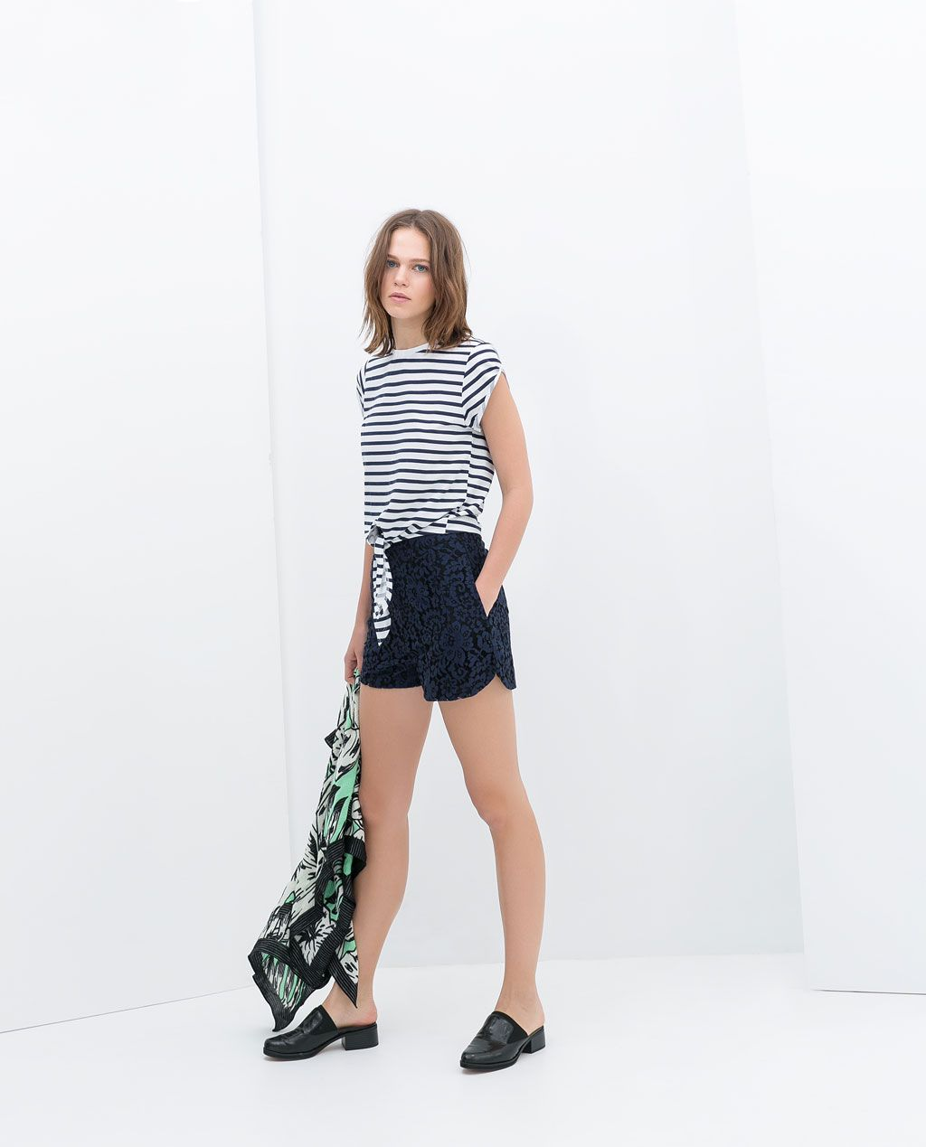 ZARA - NEW THIS WEEK - PRINTED T-SHIRT WITH TIE-WAIST
