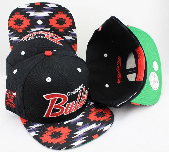 5b40952ff39 Chicago Bulls Floral Snapback Hats Green Underbrim Mitchell Ness Caps NBA