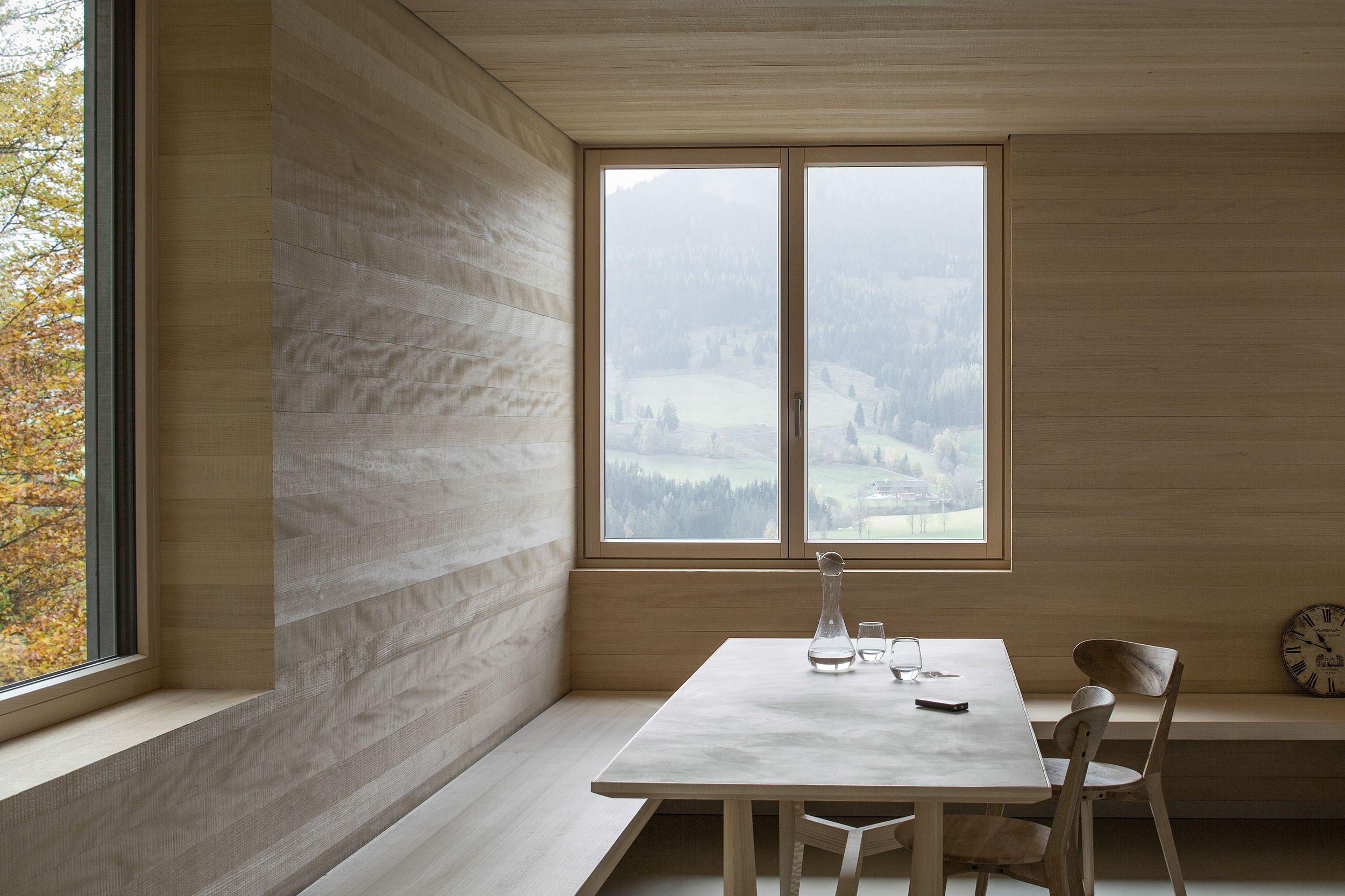 exponierte hanglage kompaktes einfamilienhaus in leogang - Farbakzente Interieur Einfamilienhaus