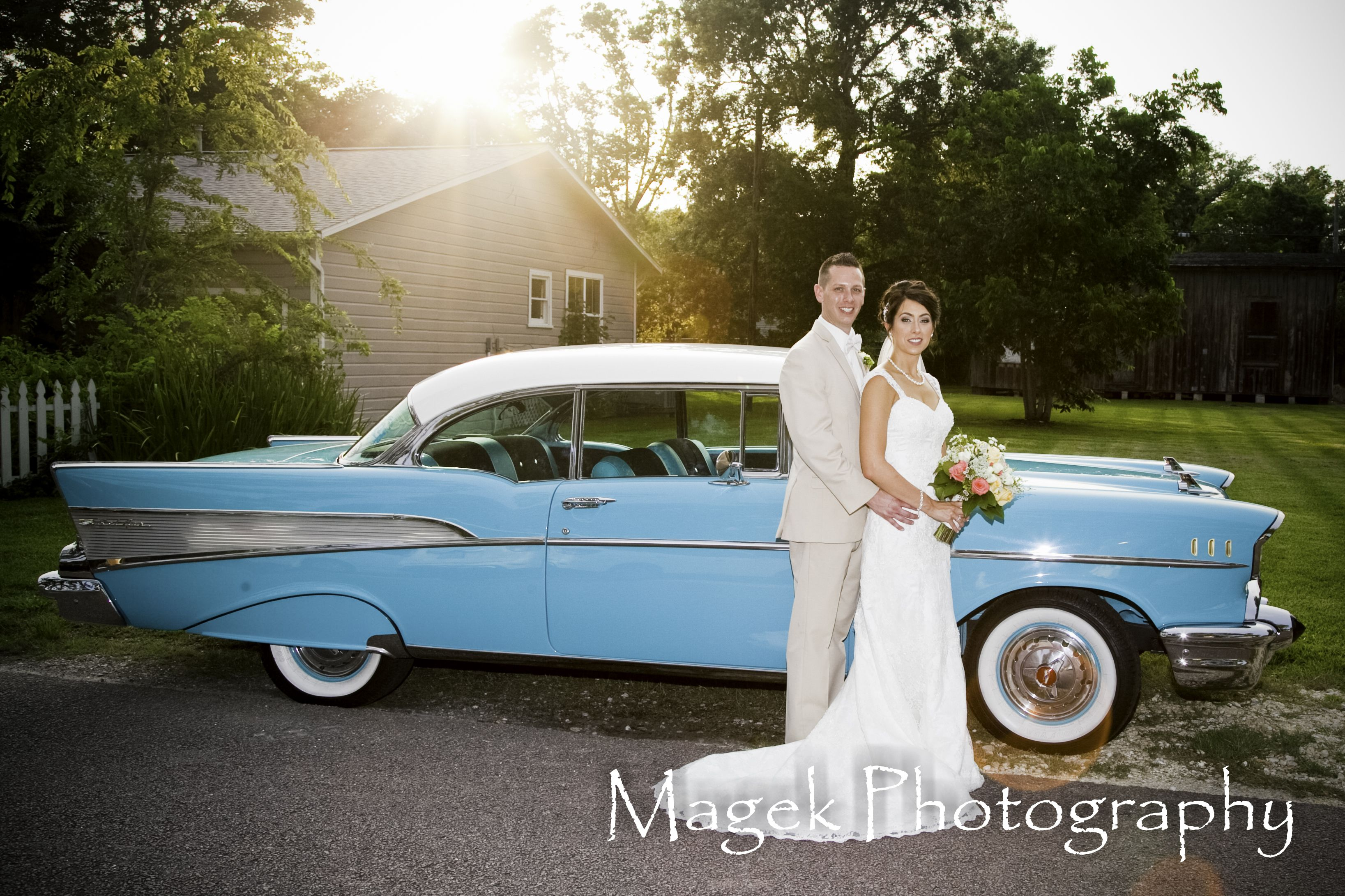 Wedding Photo ideas, with an old style car. Taken by Magek ...