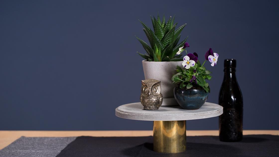 etagere selber machen aus beton und messing beton pinterest selber machen selber basteln. Black Bedroom Furniture Sets. Home Design Ideas
