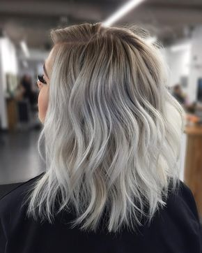 25 Gorgeous Hair Colors That Are Huge This Year #ashblondebalayage