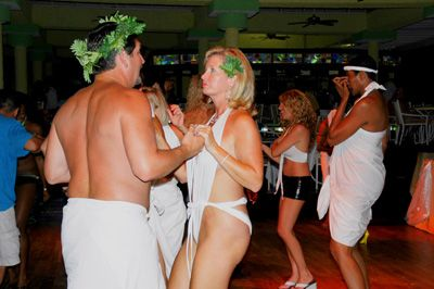 Bisexual Women Tours To Hedonism Resort 47