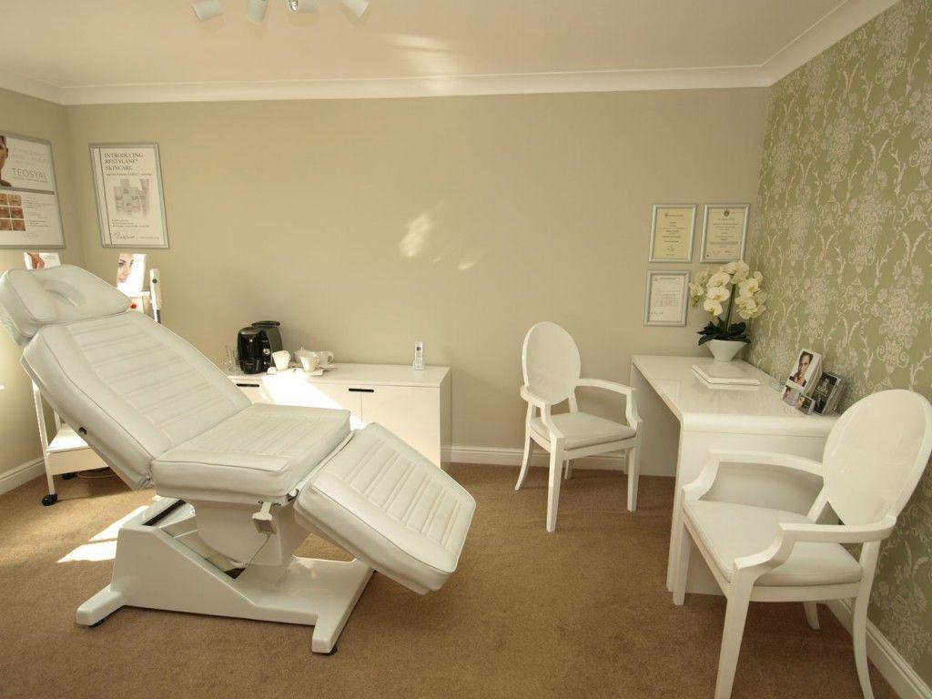 Aesthetic treatment rooms photos treatment room for Beauty treatment room decor ideas