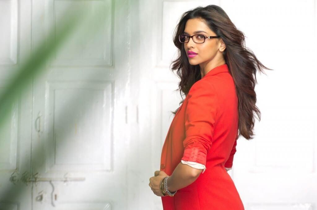 Deepika Padukone Biography Age Weight Height Like Birthdate Deepika Padukone Stylish Actresses Bollywood Celebrities