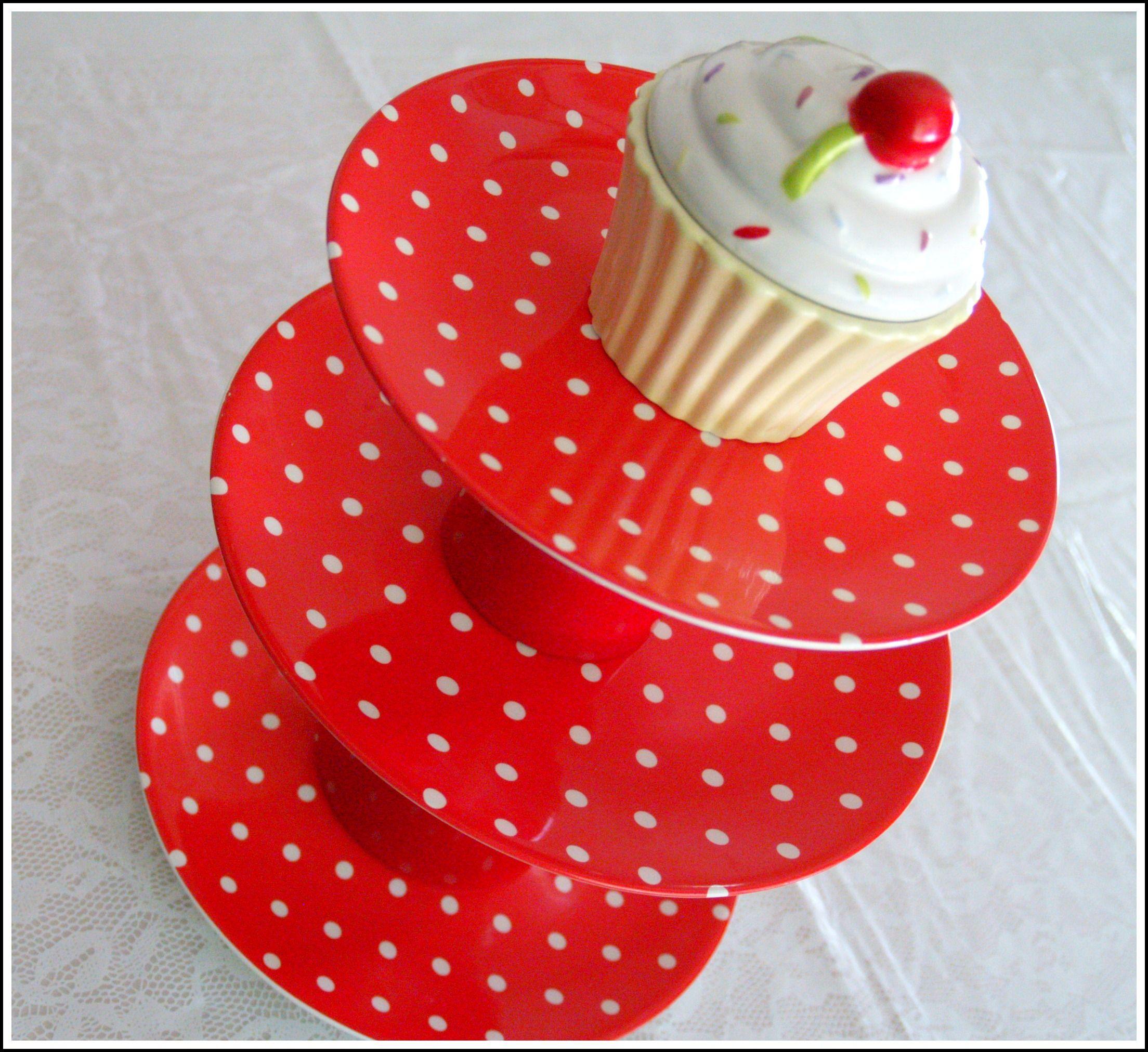 Cupcake Stand Using E6000 Glue 2 Large Dinner Plates 1 Small Appetizer Plate 1 Large 1 Small Flower Pot Blog 5 9 Frauenfruhstuck Deko