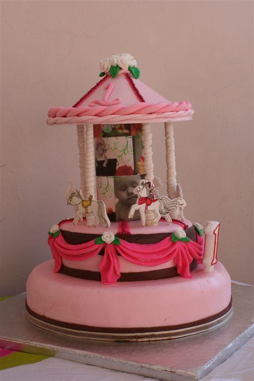 Carousel, 1st Birthday cake