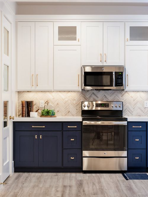 White Cabinets On Top Blue On Bottom Kitchen Cabinet Design Upper Kitchen Cabinets Kitchen Cabinets Decor