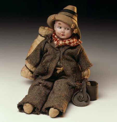 ★ 1933 swagman made for dollmaker's daughter for christmas, from a doll head found in a dumpster bin.