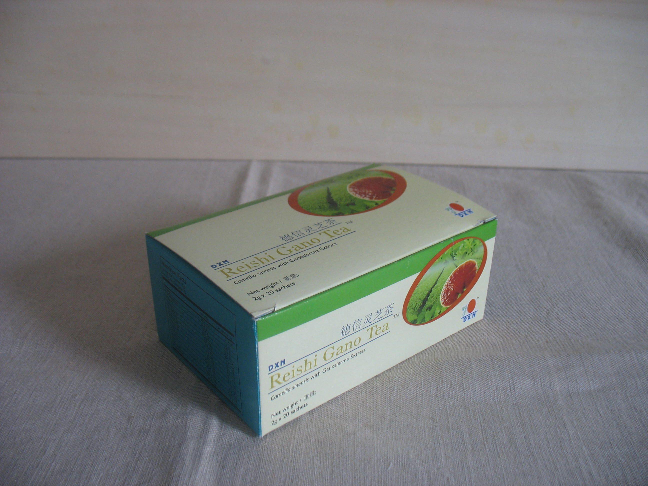 Reishi Gano Tè è un prodotto di ottima qualità e contiene tè verde ed estratto di Ganoderma.  Il suo sapore deciso proviene dagli ingredienti naturali. Non contiene conservanti, coloranti artificiali, additivi di gusto e di aroma, aggregati, ingredienti di origine animale e cereali. Valore Nutritivo in 2 g (una bustina): Energia: 7,1 kcal carboidrati: 1,25 g proteine: 0,48 g grassi: 0,02 g Maggiori info: www.simonetwork.dxnitaly.com/products