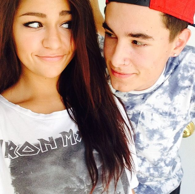 Adorable. Youtubers Andrea Russett and Kian Lawley from ...
