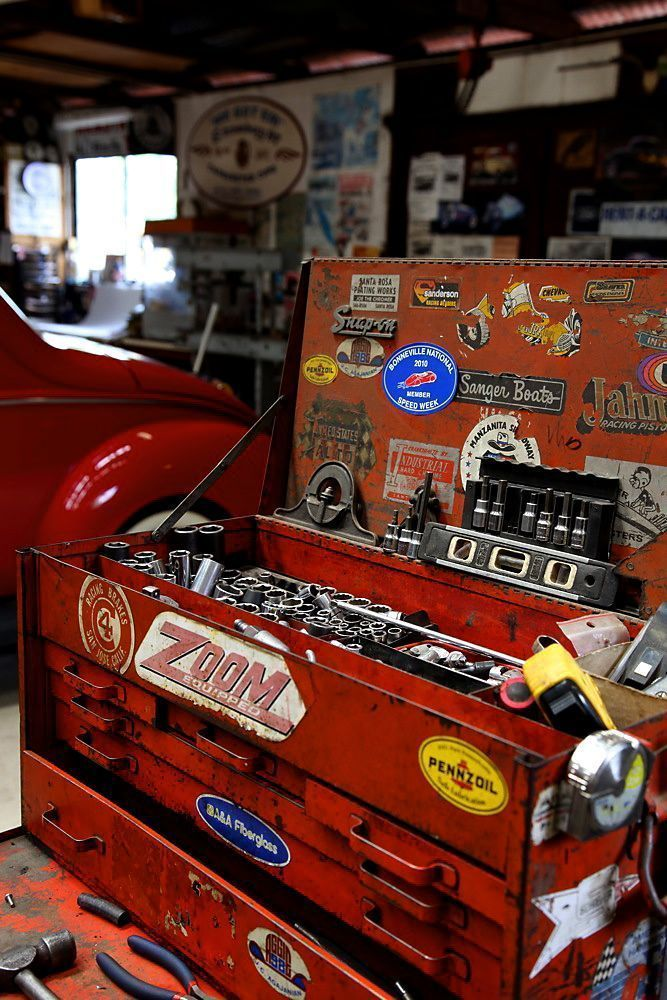 Great Garages Amazing Inspiration For Your Next Garage Project Life At Speed Thegentlemanracer Com The Gentleman R Mechanic Garage Tool Box Vintage Tools