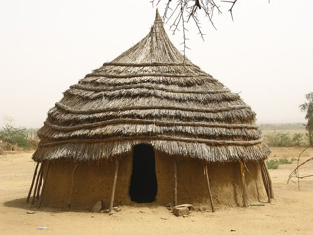 A Straw Hut has mud around the house which works as a glue to stick straws on the roof. Description from isbyearsixsouthafrica.weebly.com. I searched for this on bing.com/images