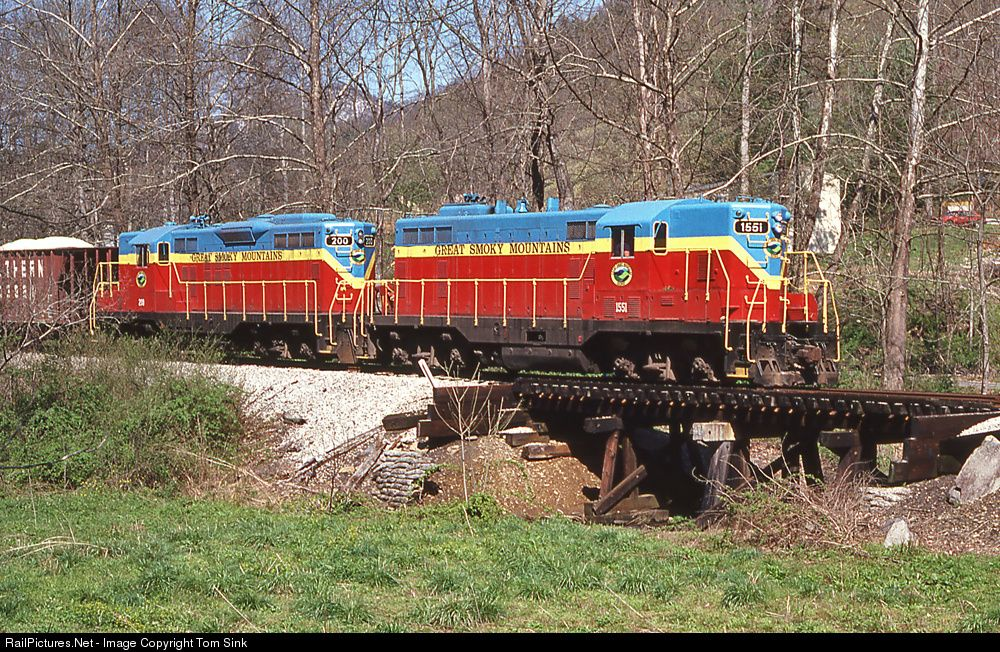 RailPictures.Net Photo: GSMR 1551 Great Smoky Mountains Railroad EMD GP9 at Marble, North Carolina by Tom Sink