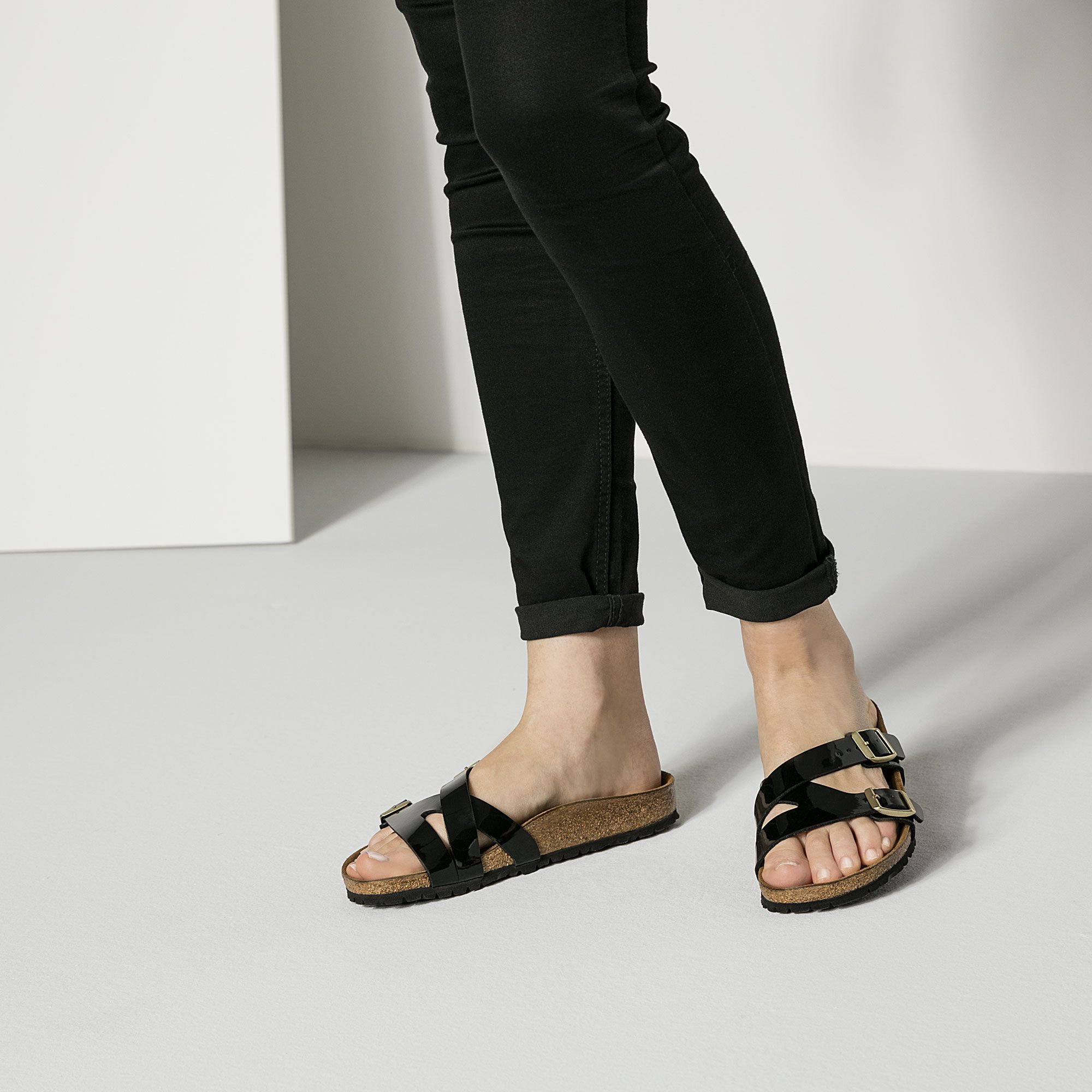 6de2ecf5264a2 Yao Birko-Flor | My Style | Birkenstock, Black wedges, Fashion