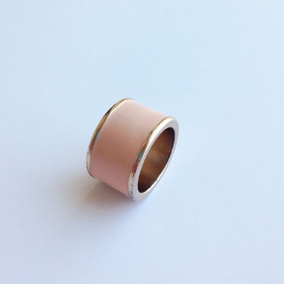 Peach Lacquered Ring Never worn and in perfect condition! Ring is size 6. Width is 3/4 inch. Light peach color. Offers excepted. No trades. Forever 21 Jewelry Rings
