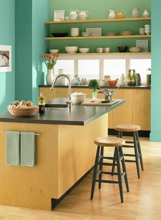 Küche Gestalten Holzfarbe Grasgrüne Wandfarbe Streichen Ideen   Küche  Streichen Welche Farbe