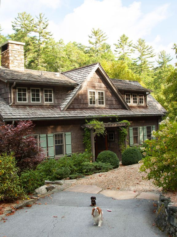 Four bedrooms on three levels next to Big Creek. The