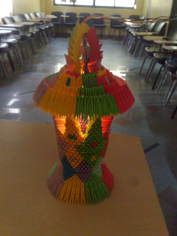 This Is Just Epic An Actual 3d Origami Lamp That Works 3d Origami Origami Origami Artist