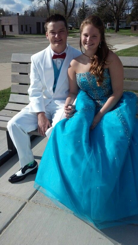 Men\'s Wearhouse White Tux w/Black&White Shoes #Prom #Formal | FORMAL ...