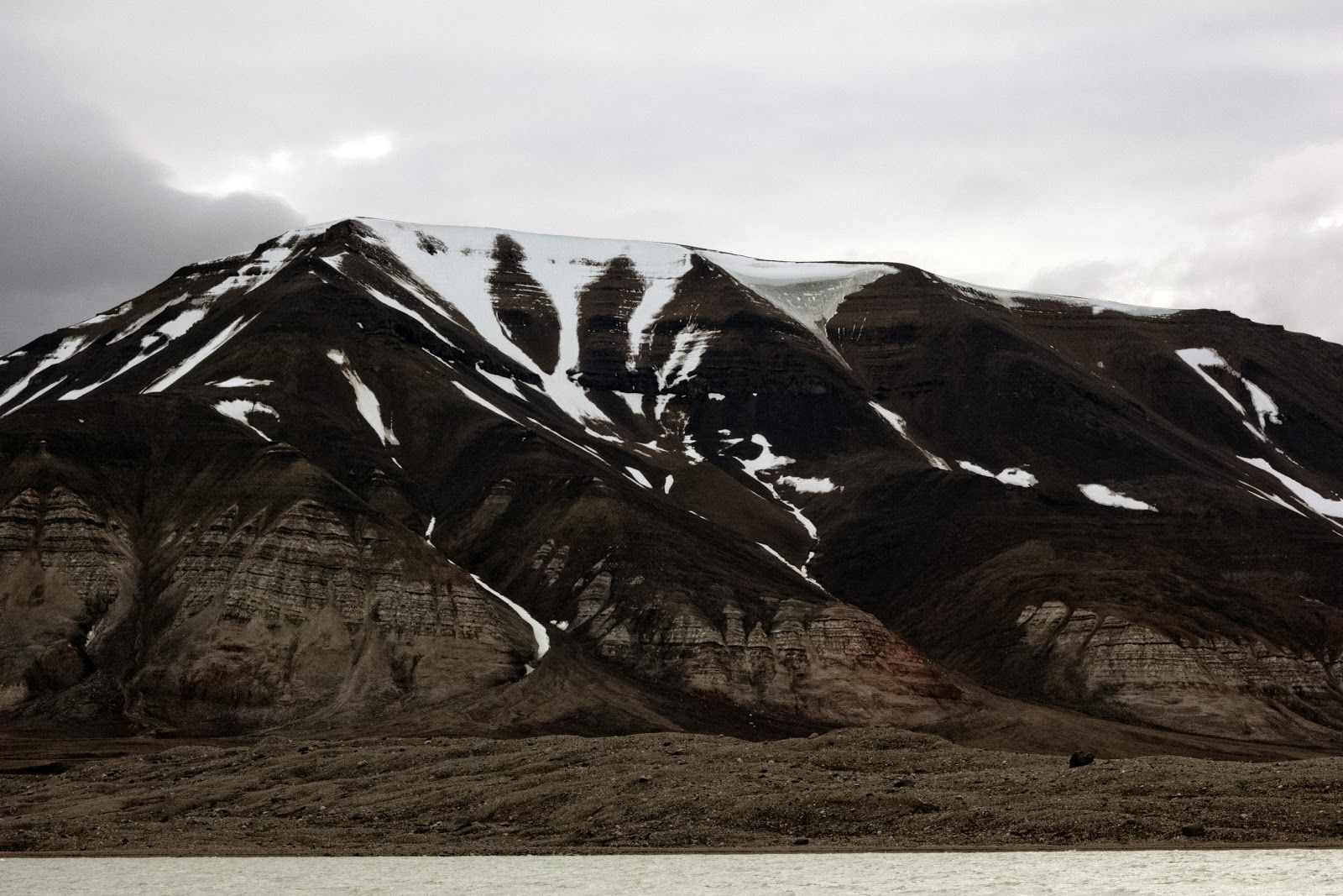 Yash: Svalbard - ghost towns and ice