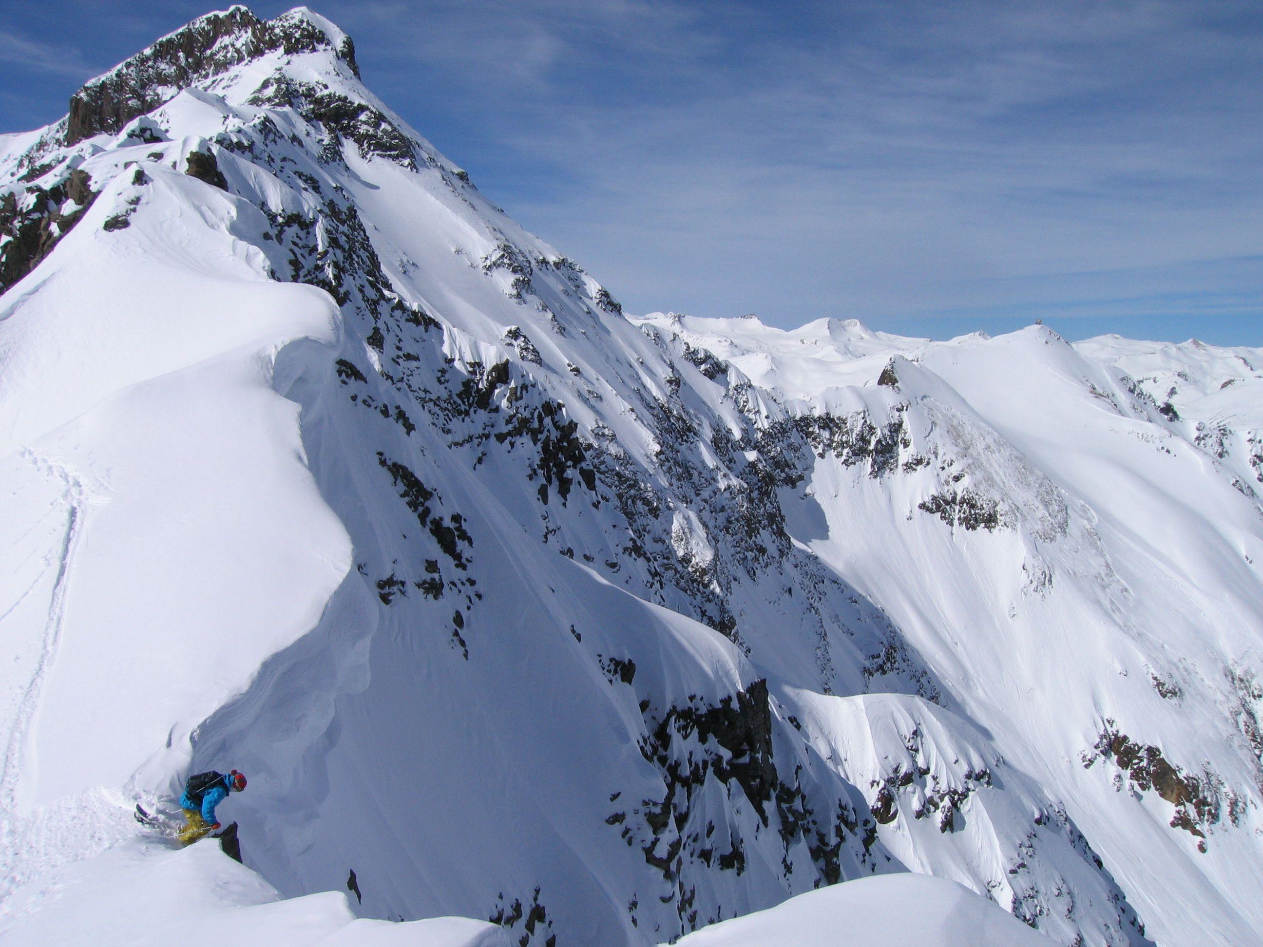 Skiing Southern Colorado S Powder Highway Heli Skiing Colorado Vacation Colorado Tourism