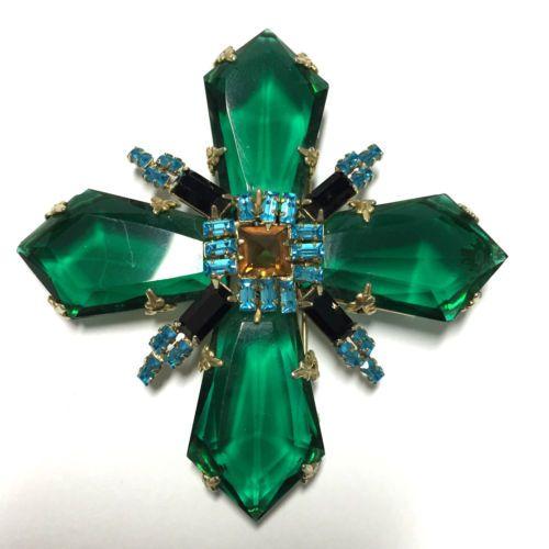 RARE-Signed-Schreiner-Emerald-Green-Double-Cross-Brooch-Inverted-Rhinestone-kk11