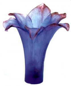 Amaryllis Amethyst Vase by Daum