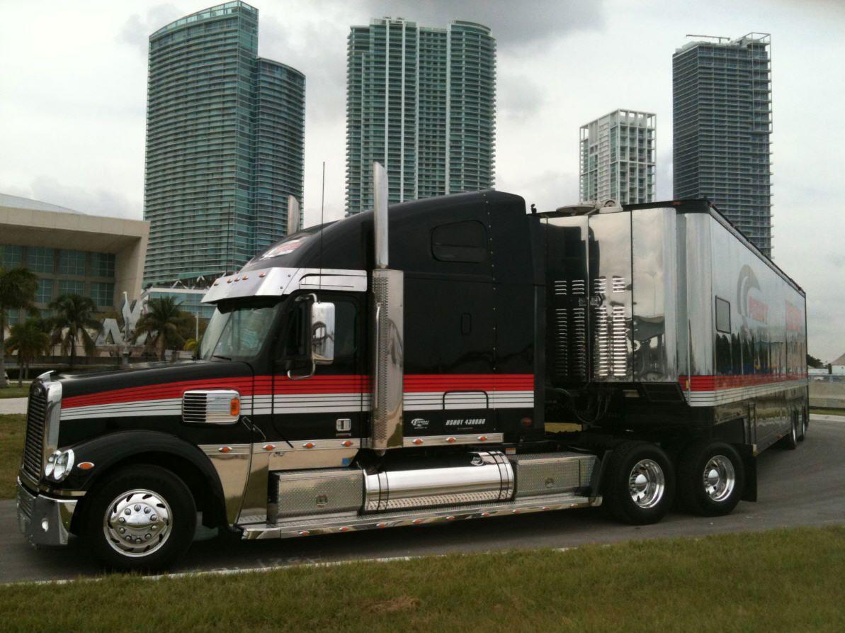 Freightliner Coronado Penske Racing Transporter Hauler Race