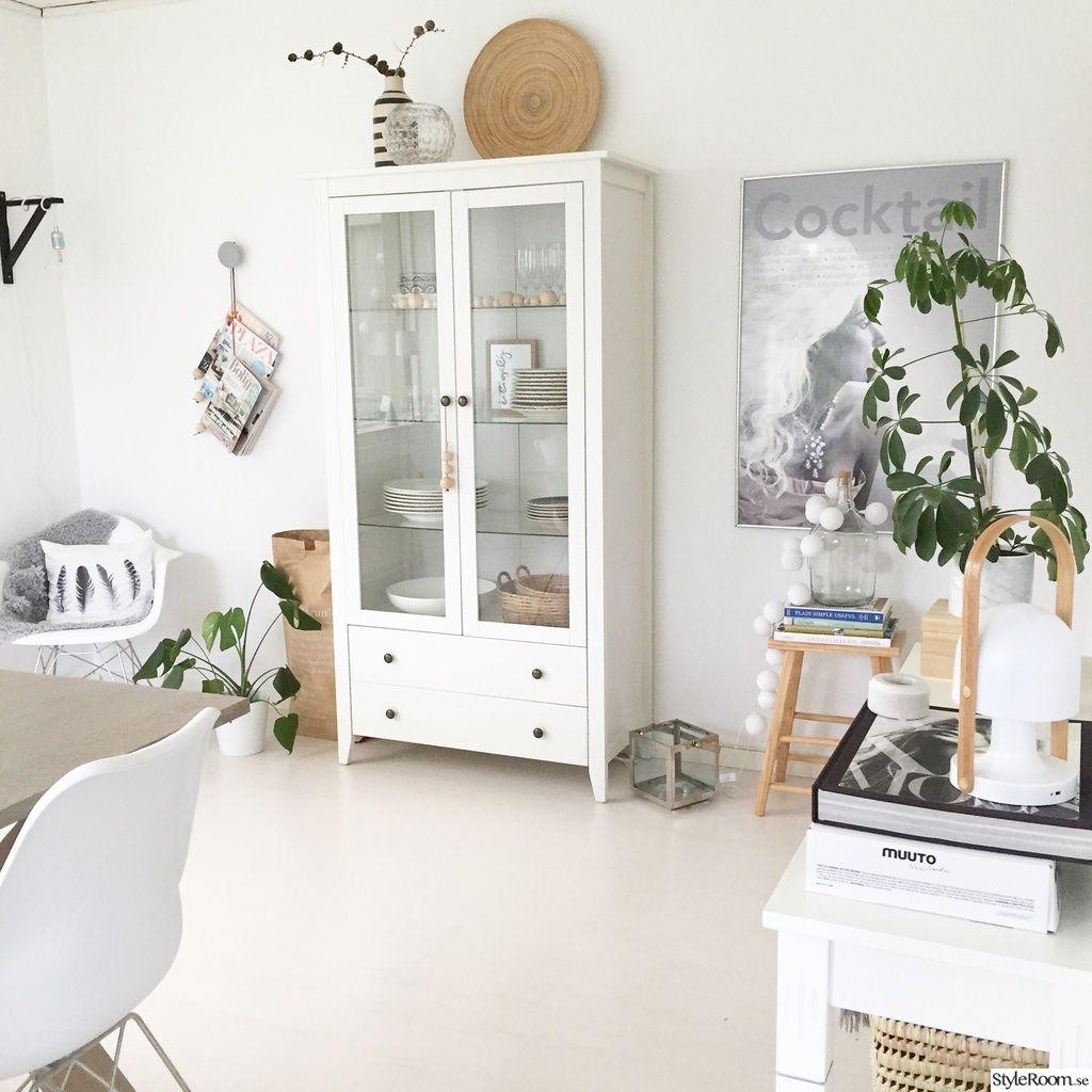 förvaring,skåp,vardagsrum,vitrinskåp,jysk Architecture Pinterest Skåp och Vardagsrum