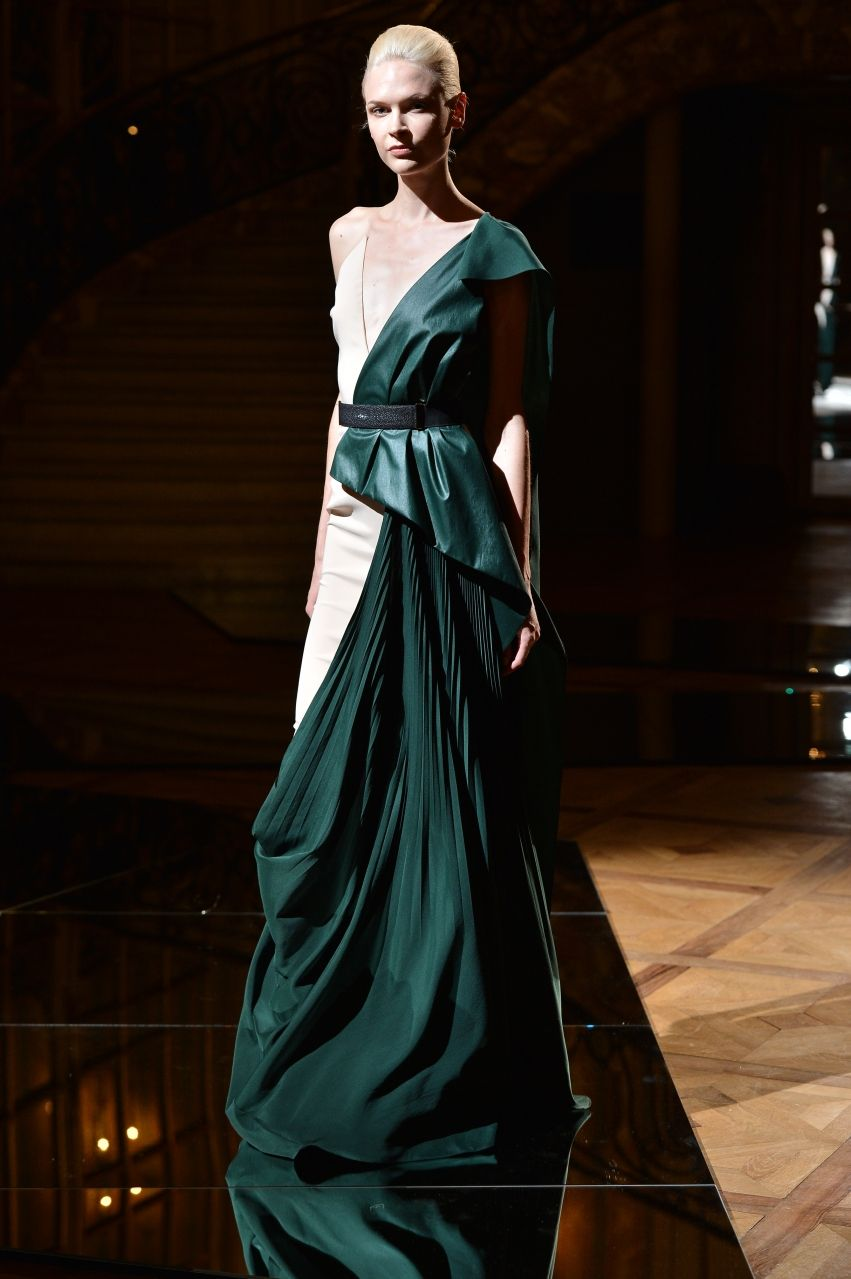 Vionnet Demi Couture FallWinter 2013-2014 Collection Vionnet Demi Couture FallWinter 2013-2014 Collection new pictures