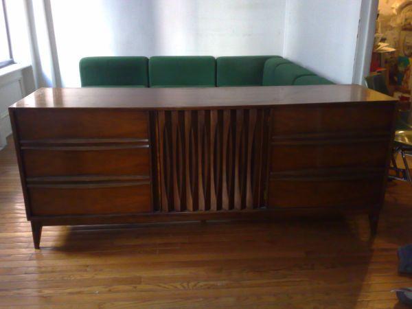 New York Mid Century Thomasville Sideboard 9 Drawer Dresser $500