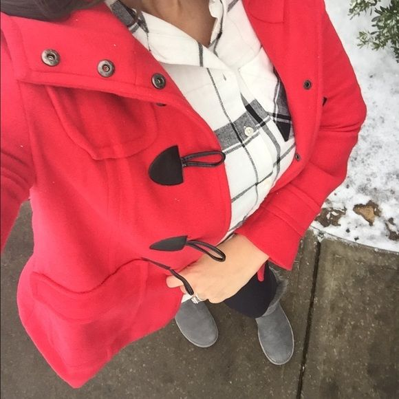 Toggle Coat Red Fleece Toggle Coat || snaps and toggle for closure || size Medium || NWT || Jackets & Coats Pea Coats