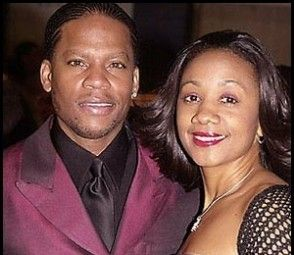 D L Hughley And Wife Celebrity Families Celebrity Couples Hollywood Couples
