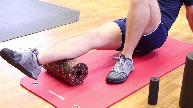 Training mit der Faszienrolle: Zwei Übungen lösen Krämpfe und Verklebungen – Video