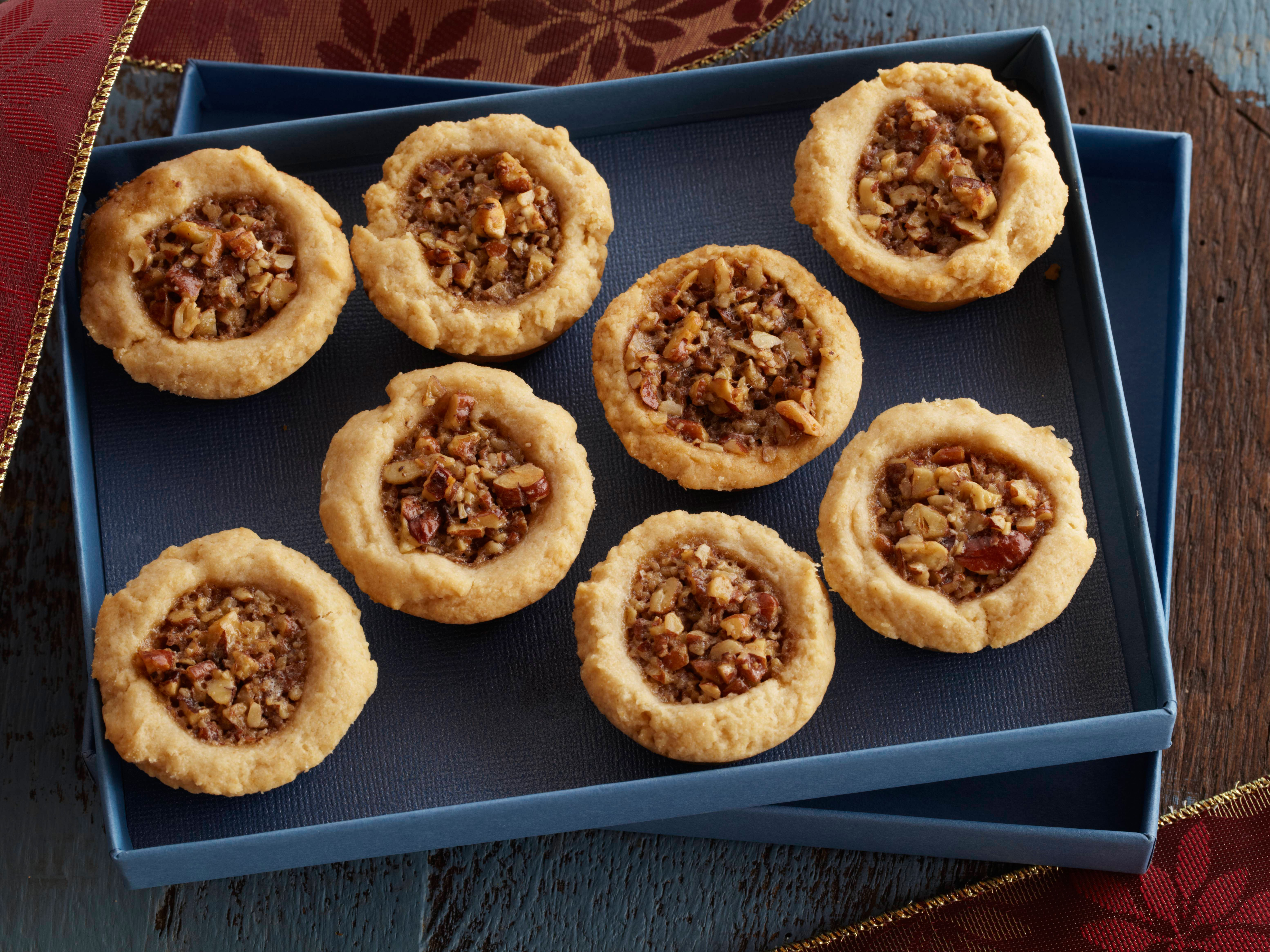 Bobbys pecan christmas tassie from cookingchanneltv food and bobbys pecan christmas tassie from cooking channel forumfinder Choice Image