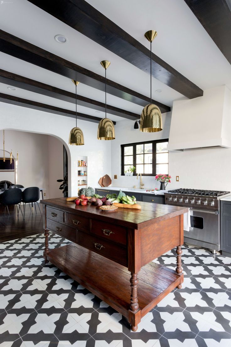 Photo of Modern Spanish Style Home – Designer Furnishings – Chef's Kitchen in Los Angeles