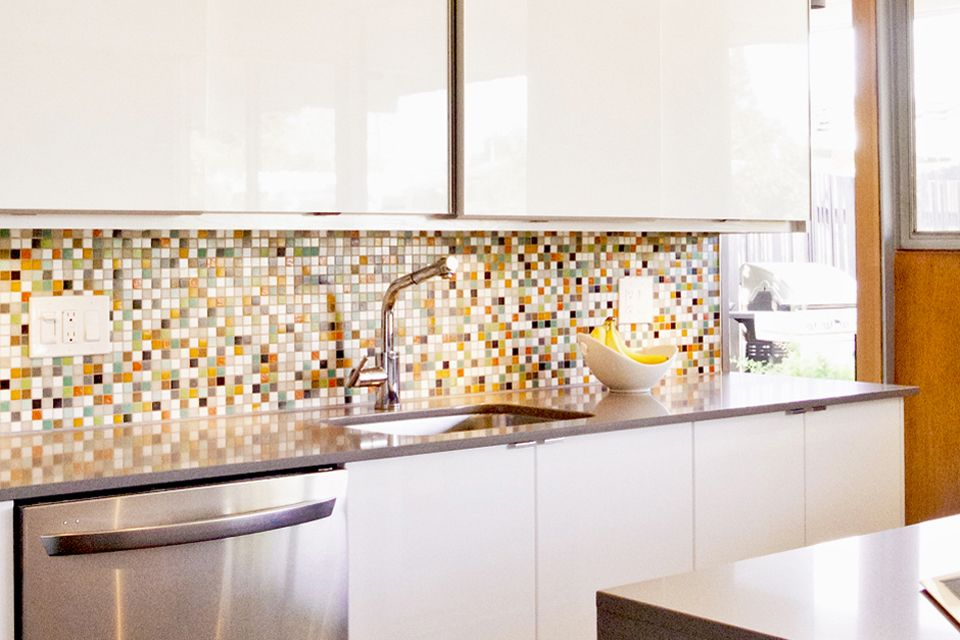 Modwalls Brio Custom Glass Tile Highlands Kitchen Backsplash | Condo ...