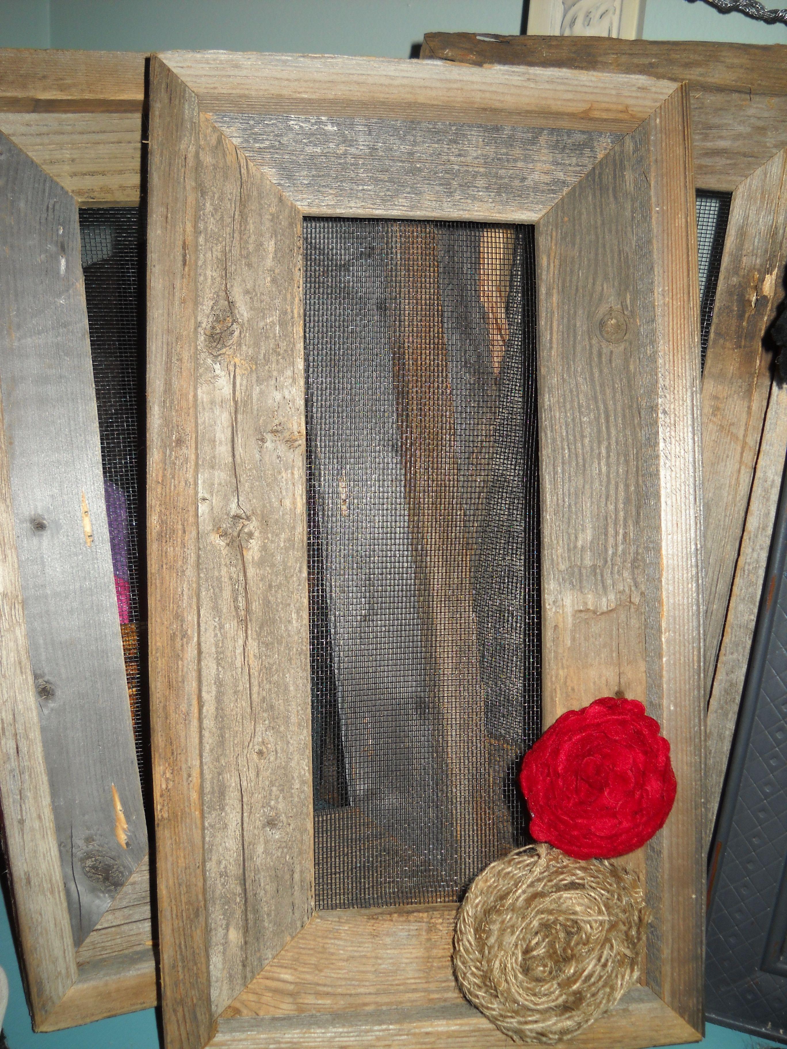 Barn wood jewelry screens | Barn wood | Pinterest | Decoracion de ...