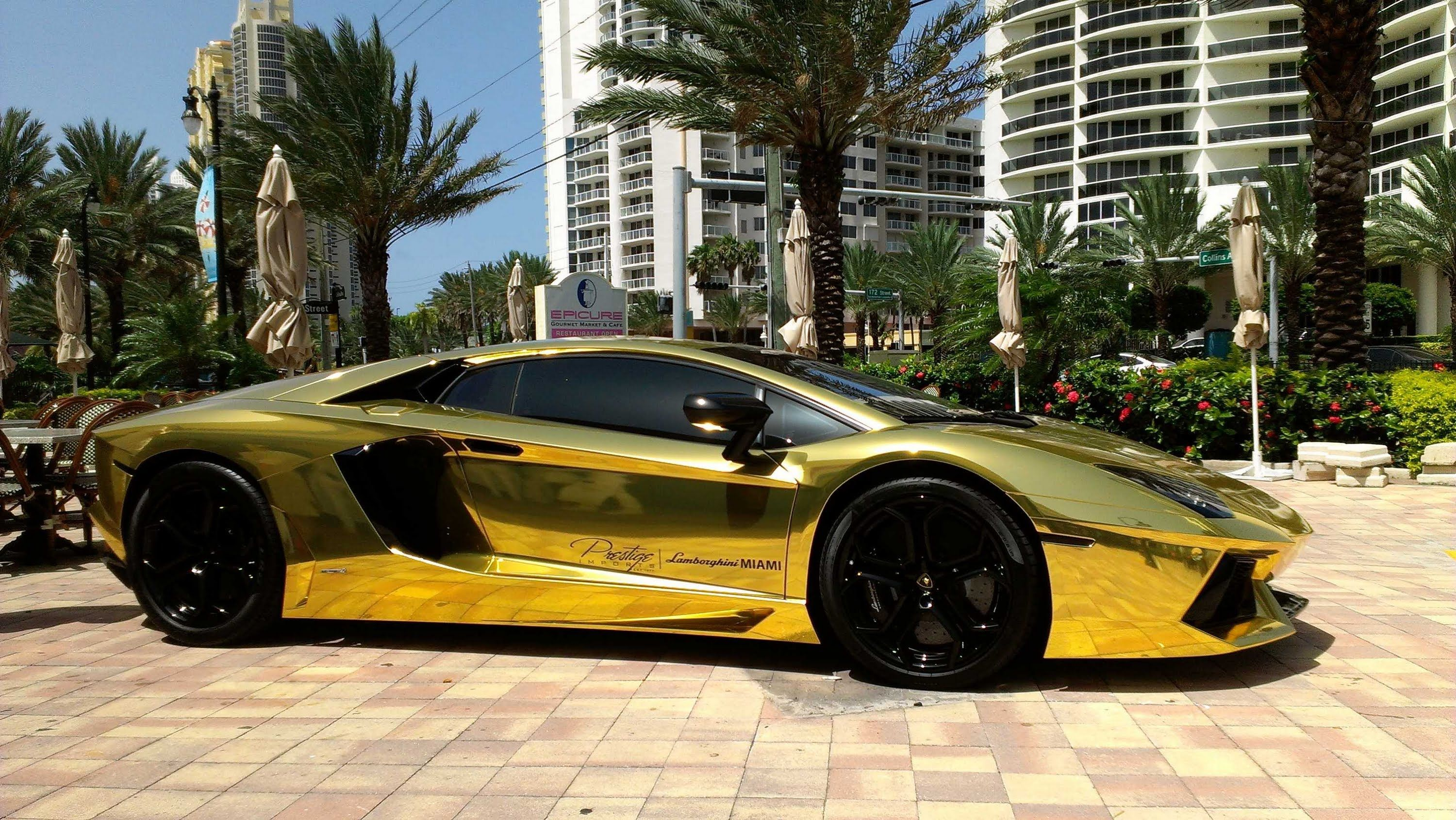 Gold Lamborghini Aventador For Really Really Rich People The