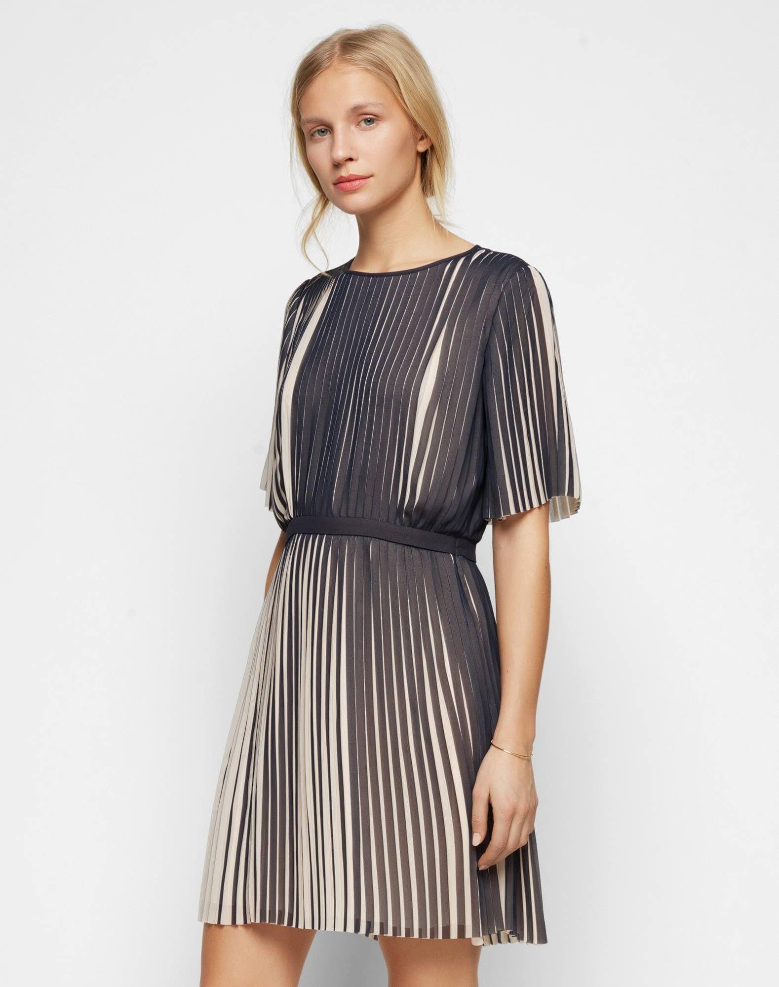 Plissee-Kleid \'Lou\' | Что надеть | Pinterest | Plissee kleid und Plissee
