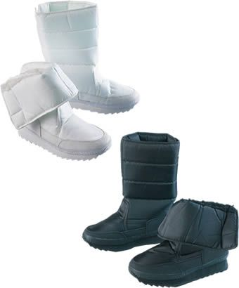 Snow Boot Whether youre on the slopes or throwing snowballs in the park, these boots are the perfect partner to your winter adventures. Upper amp