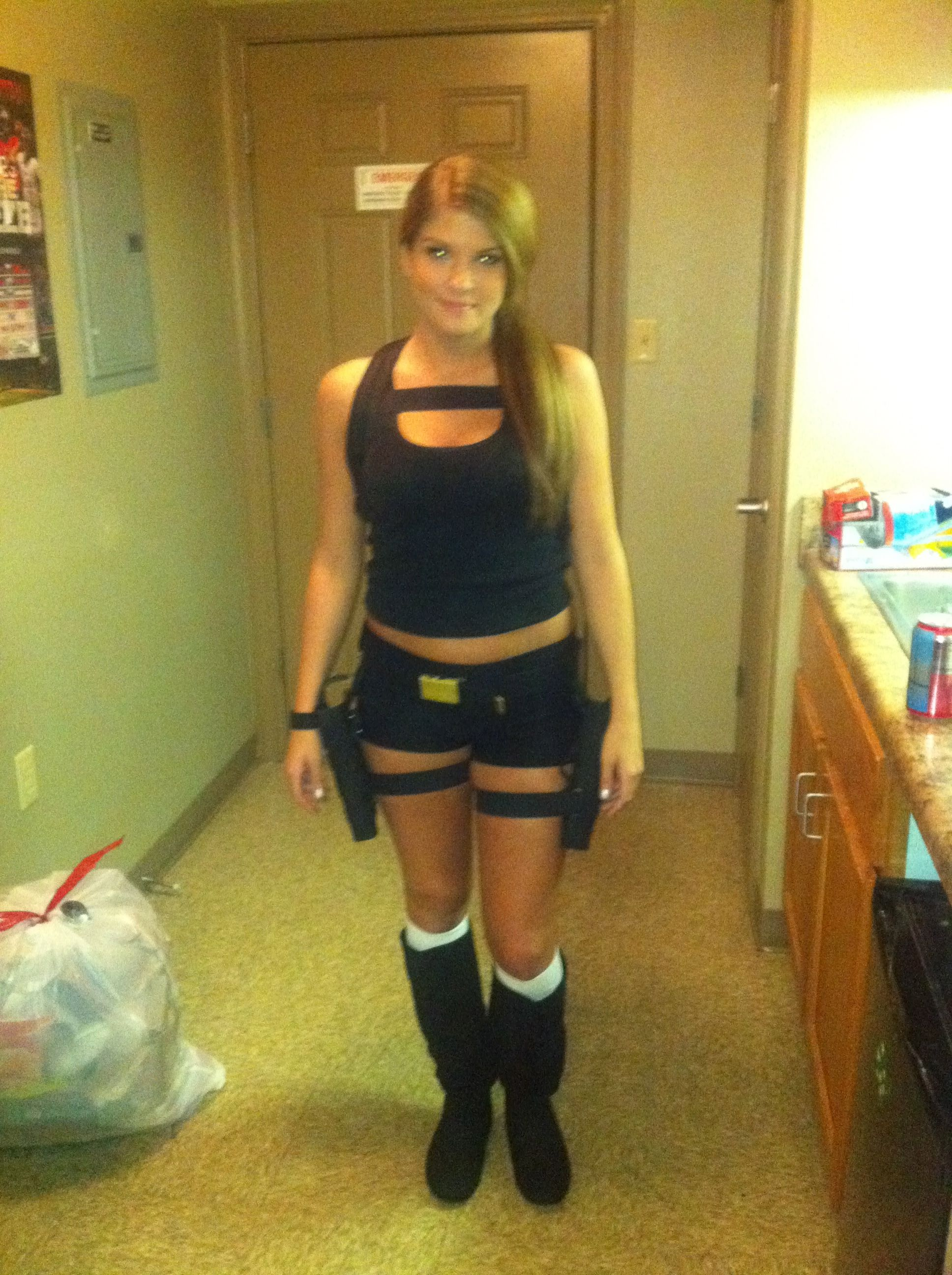 My Tomb Raider Laura Croft Diy Costume From 2 Years Ago