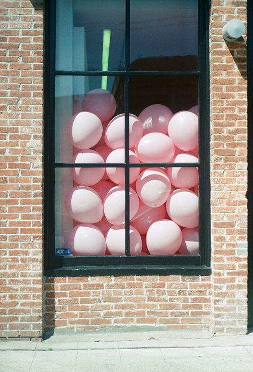 pink balloons... smile!