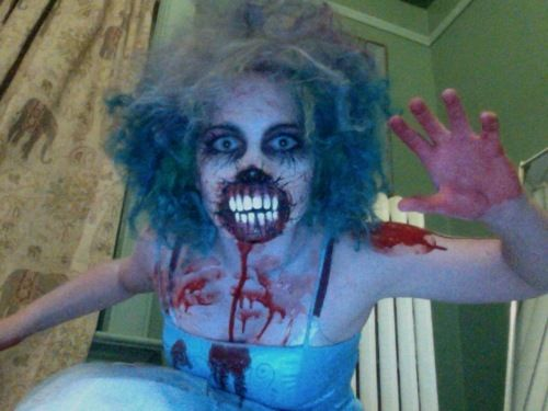 Zombie Makeup TutorialLillybug wants to be school girl zombie - zombie halloween ideas