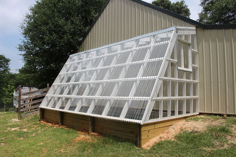 TUFTEX PolyCarb Clear Panels on Greenhouse in Mississippi