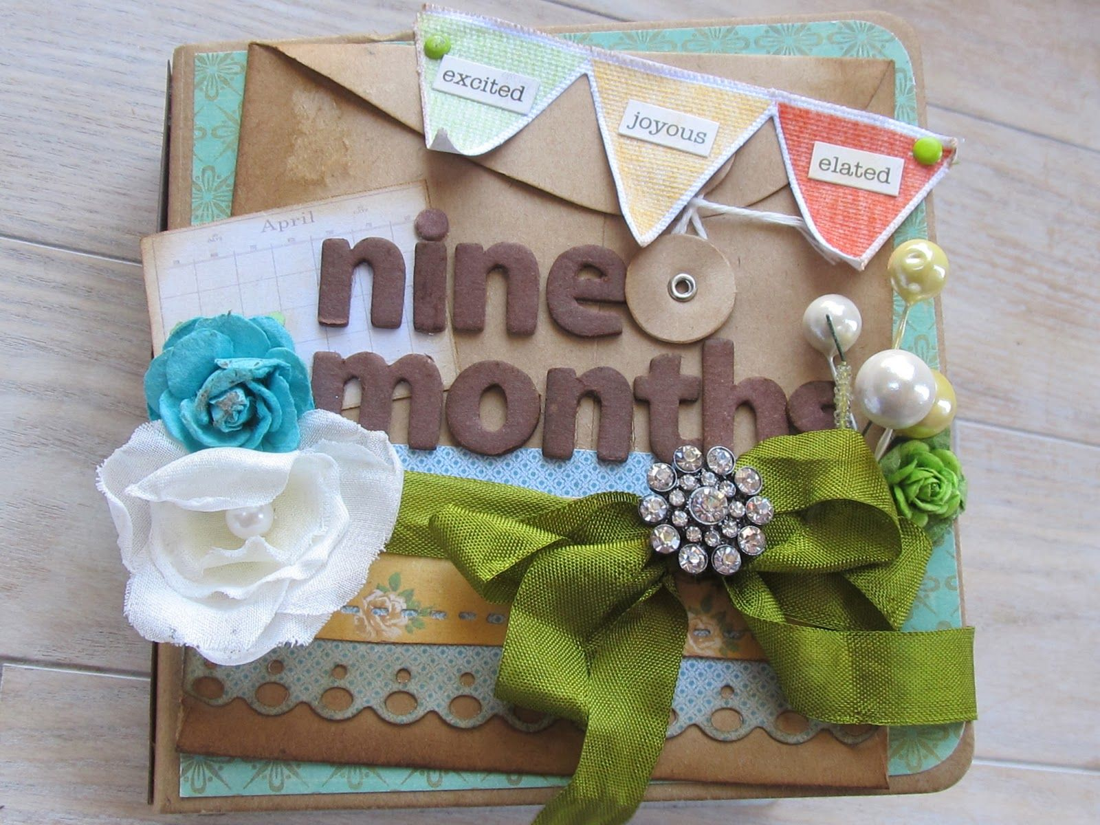 Pregnancy scrapbook ideas journaling - This Is Another Custom Album From A Few Weeks Ago A Pregnancy Journal With Pages